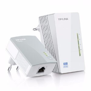TP-Link WPA4220KIT 300Mbps AV500 Wi-Fi Powerline Extender Starter Kit